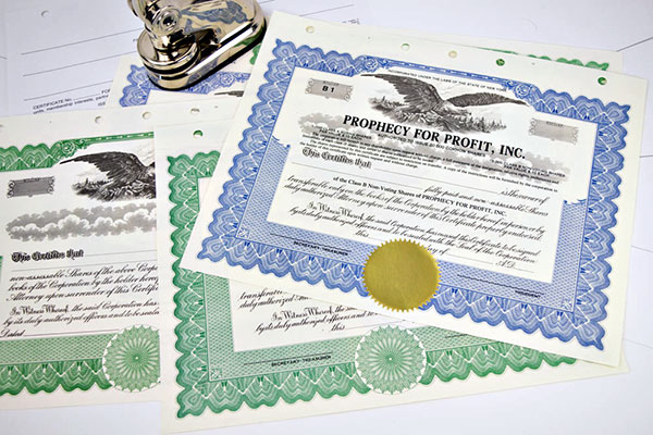 what is the difference between stock certificates and ownership